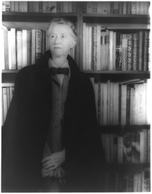 Marianne_Moore_1948_hires