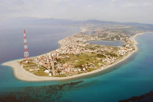 Punta-Faro-Messina
